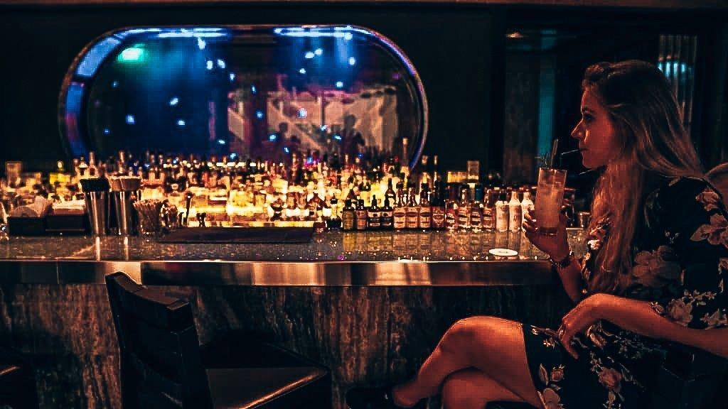 Aquarium bij Mitzo Singapore, Alles over gin.