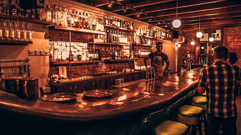 Native, speakeasy Singapore, Alles over gin.