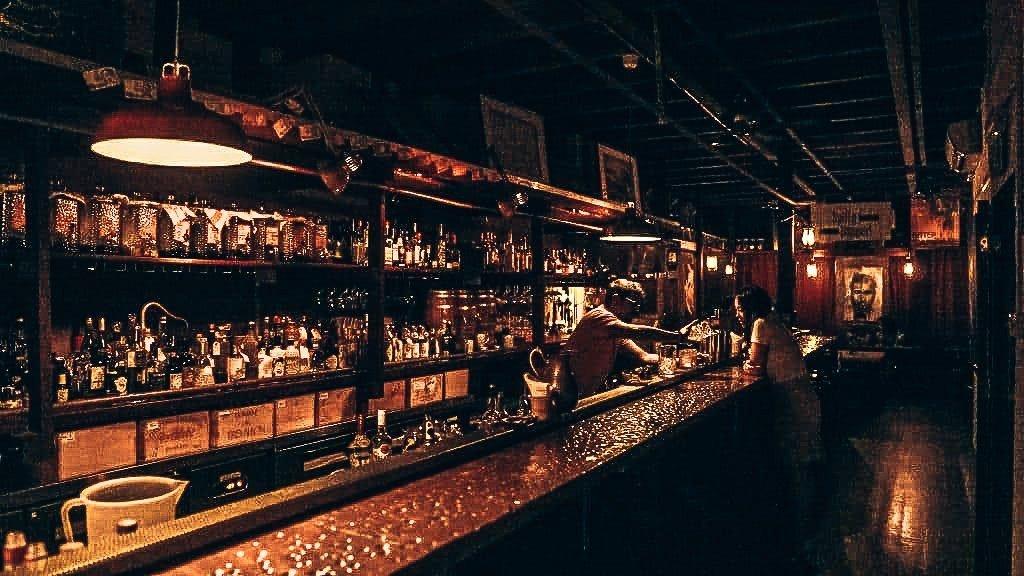 Spiffy Dapper, Singapore speakeasy, Alles over gin.