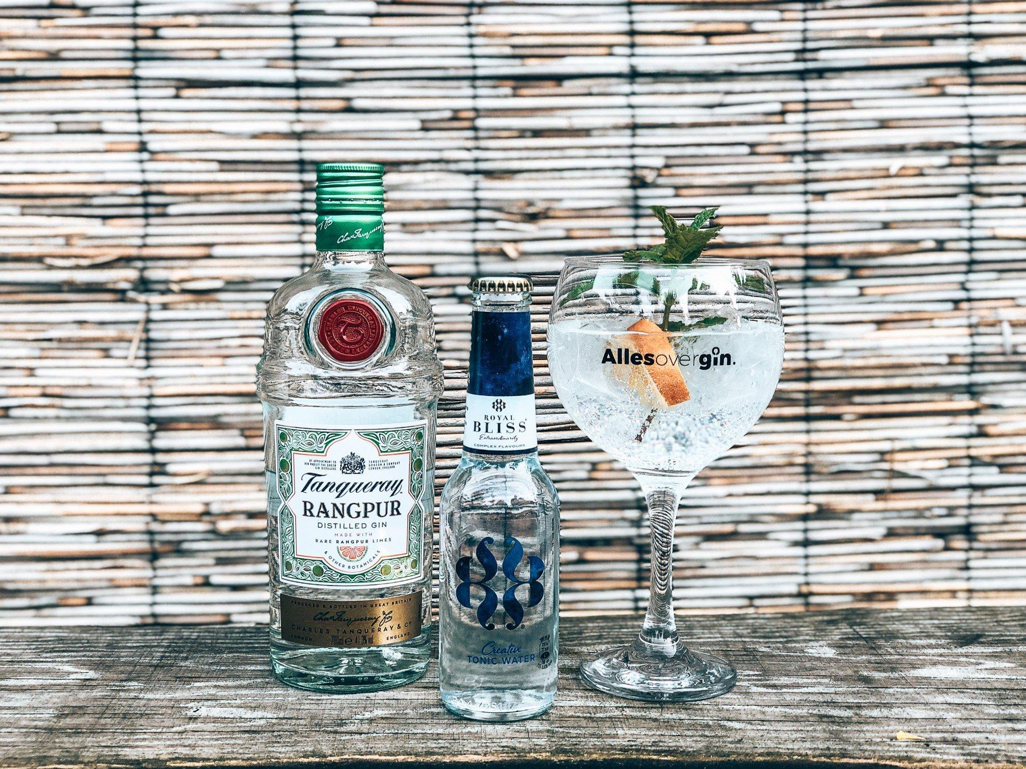 Orangepur van Tanqueray Rangpur en Royal Bliss Creative Tonic Water, Alles over gin.