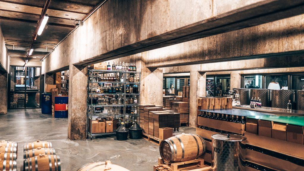 Binnenkijken bij Schouten Distillery, Veghel, Alles over gin.