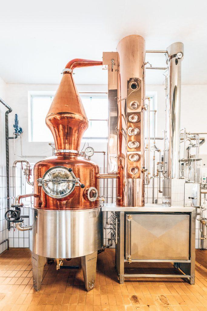 Distilleerketel bij Distilleerderij Ehringhausen, Alles over gin.