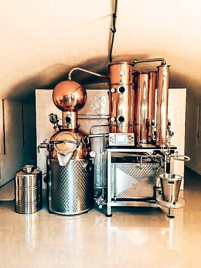 Tolmann's Distillery distilleerketel, Alles over gin