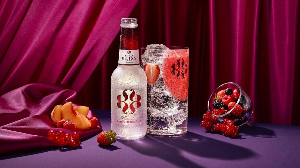 Bohemian Berry Sensation, Royal Bliss, Alles over gin.
