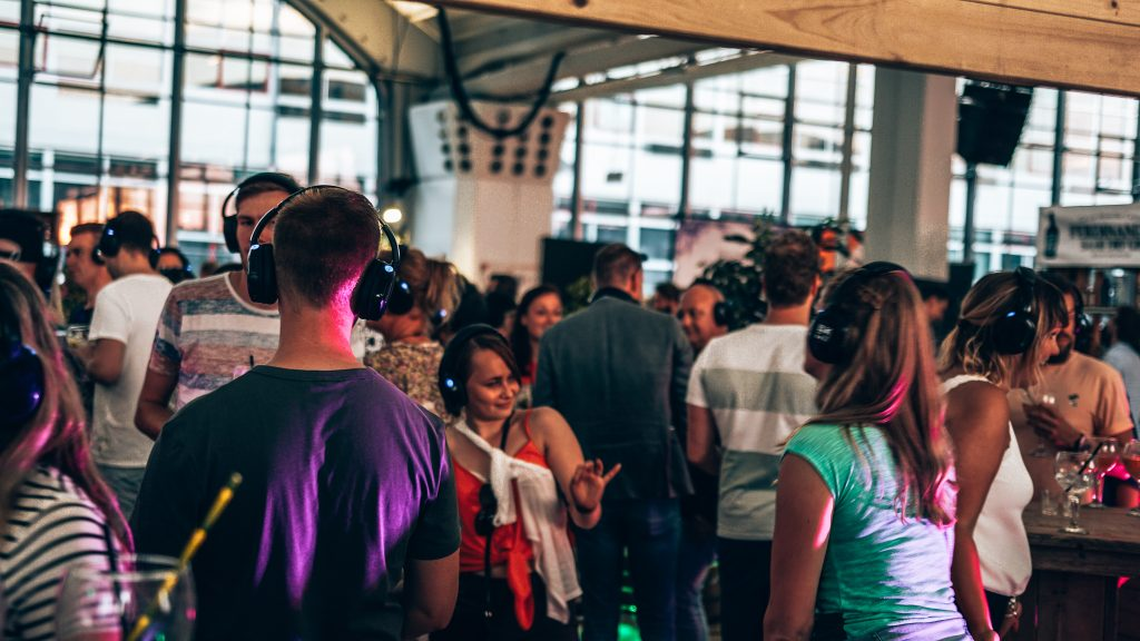 Loopuyt Silent Disco, Ginfestival Rotterdam, Alles over gin..03