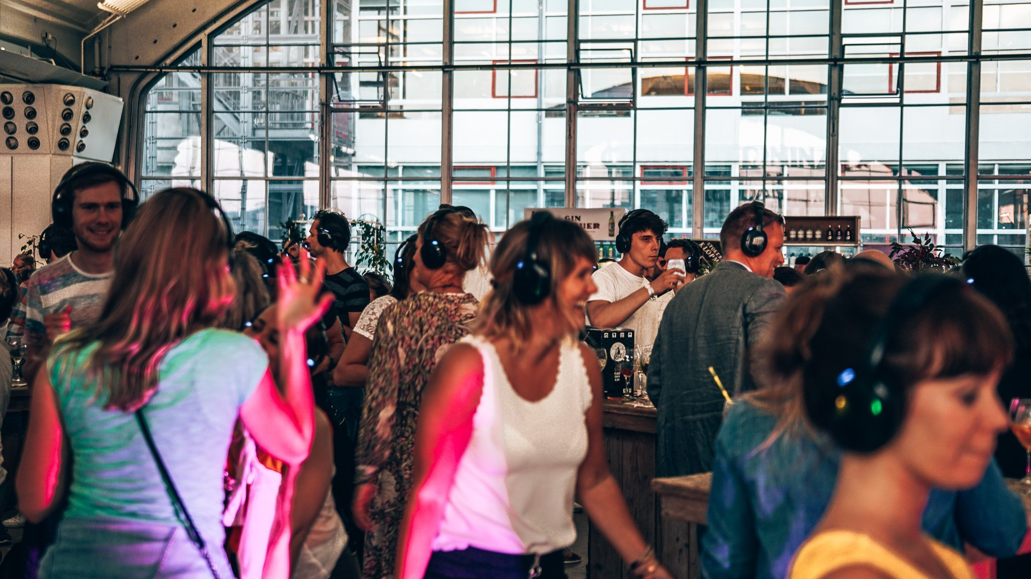 Loopuyt Silent Disco, Ginfestival Rotterdam, Alles over gin..05