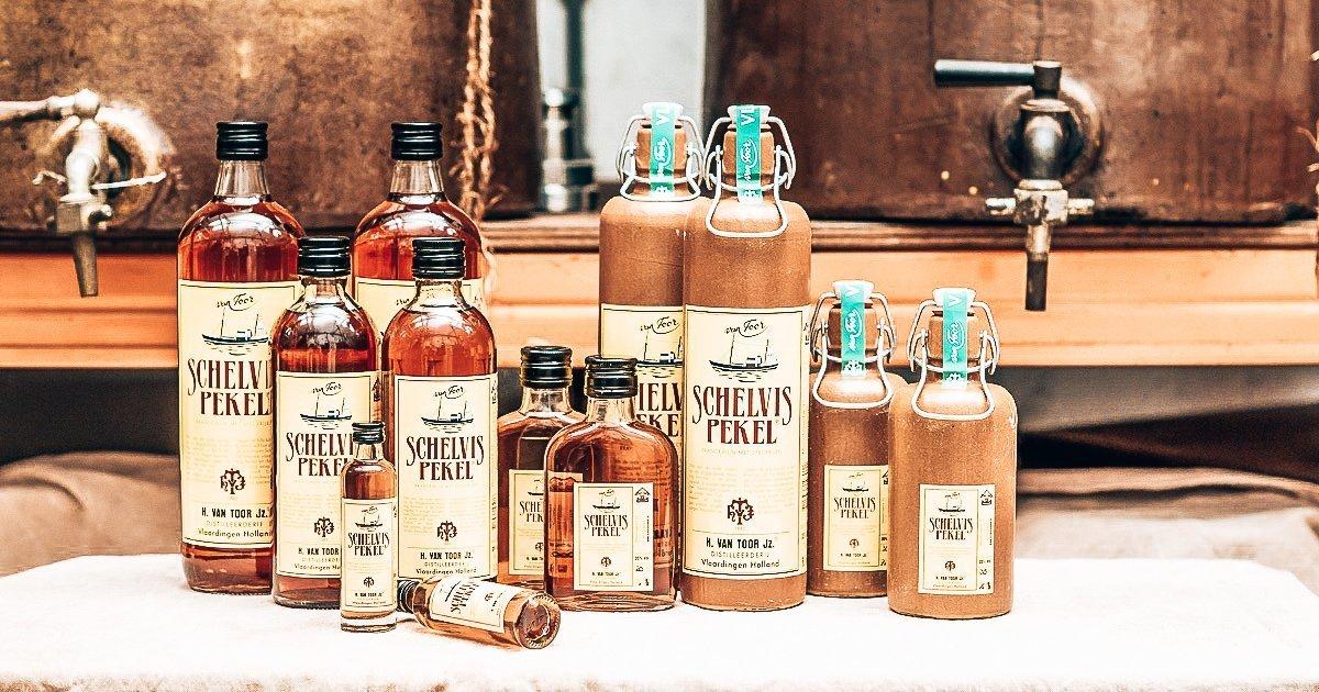 Schelvispekel, oudste drankje van Nederland, Distilleerderij Van Toor, Alles over gin.