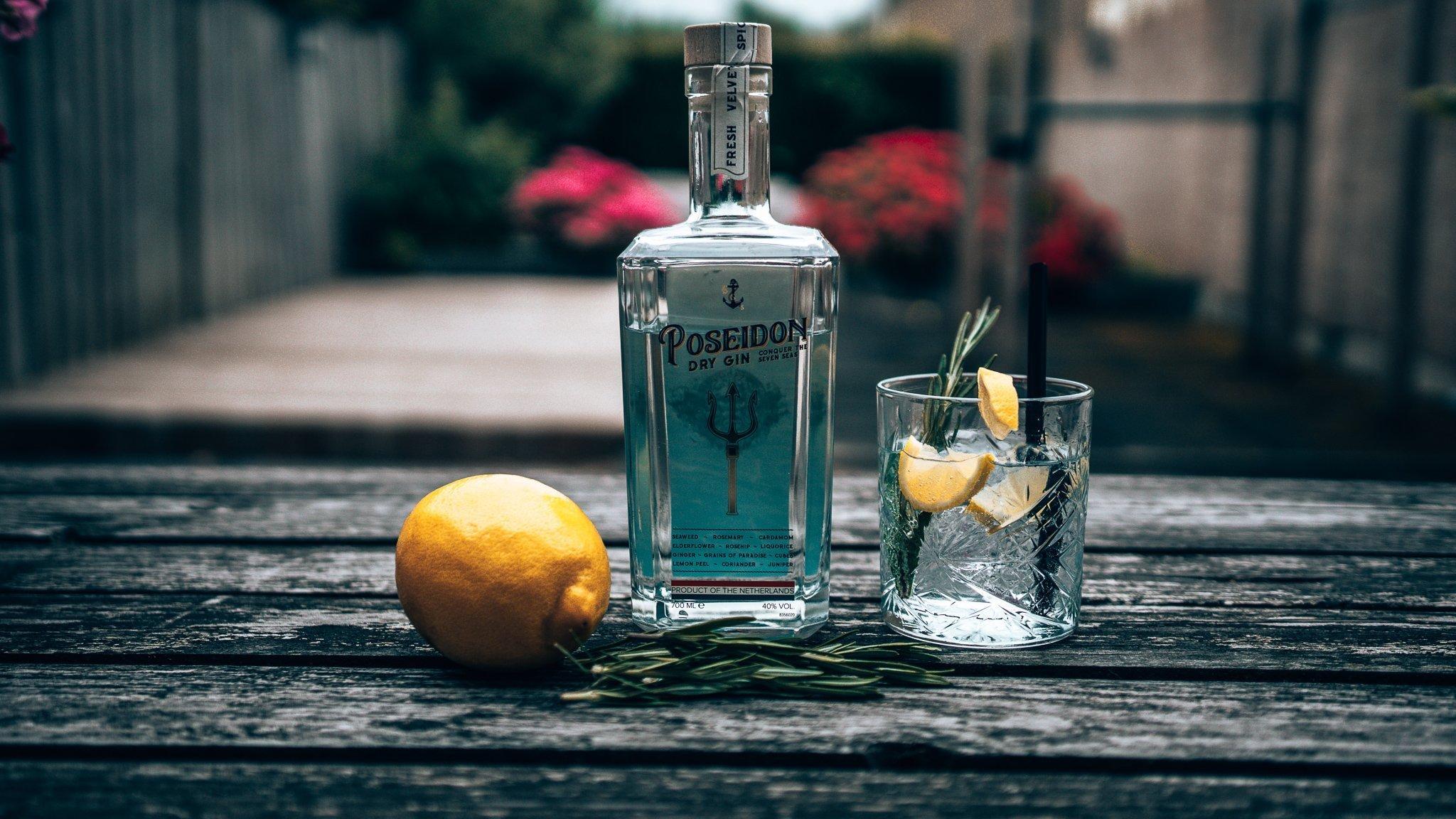 Fresh Poseidon & Tonic, perfect serve Poseidon Gin, Alles over gin.