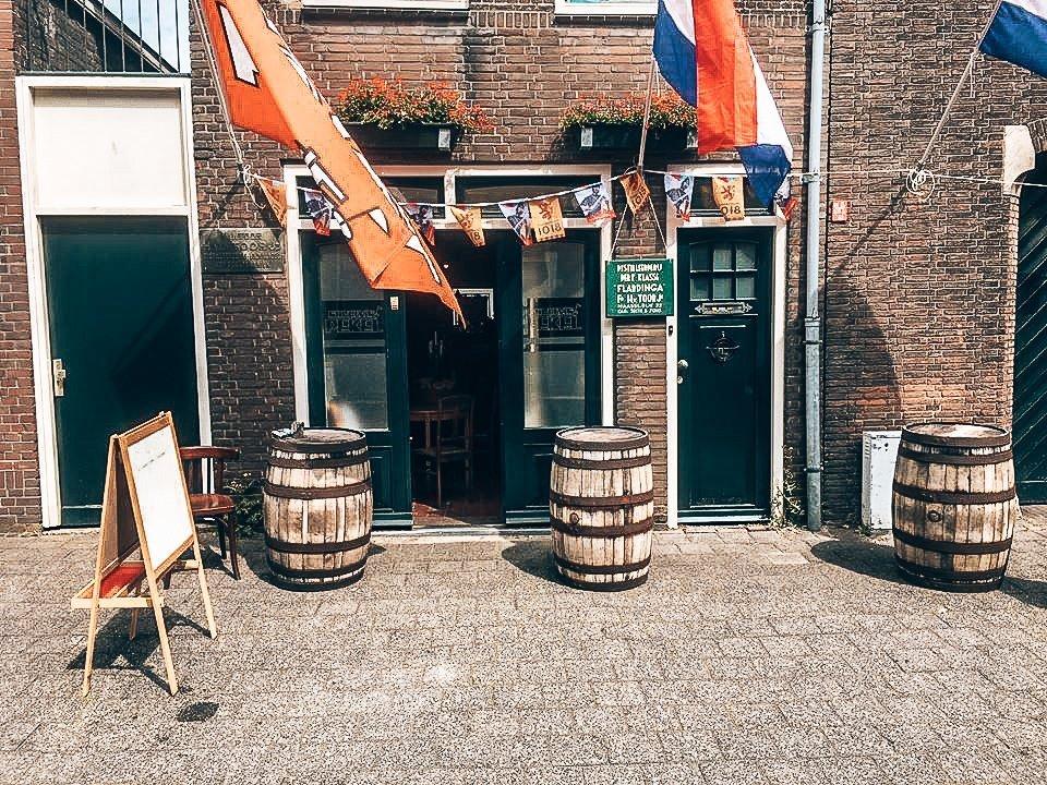 Van Toor Distilleerderij, Alles over gin.