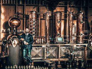 Distilleerketels van V2C Gins, Amsterdam, Alles over gin.