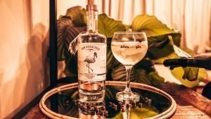 Perfect serve Sir Edmond Gin, Vanilla Bean, Alles over gin.