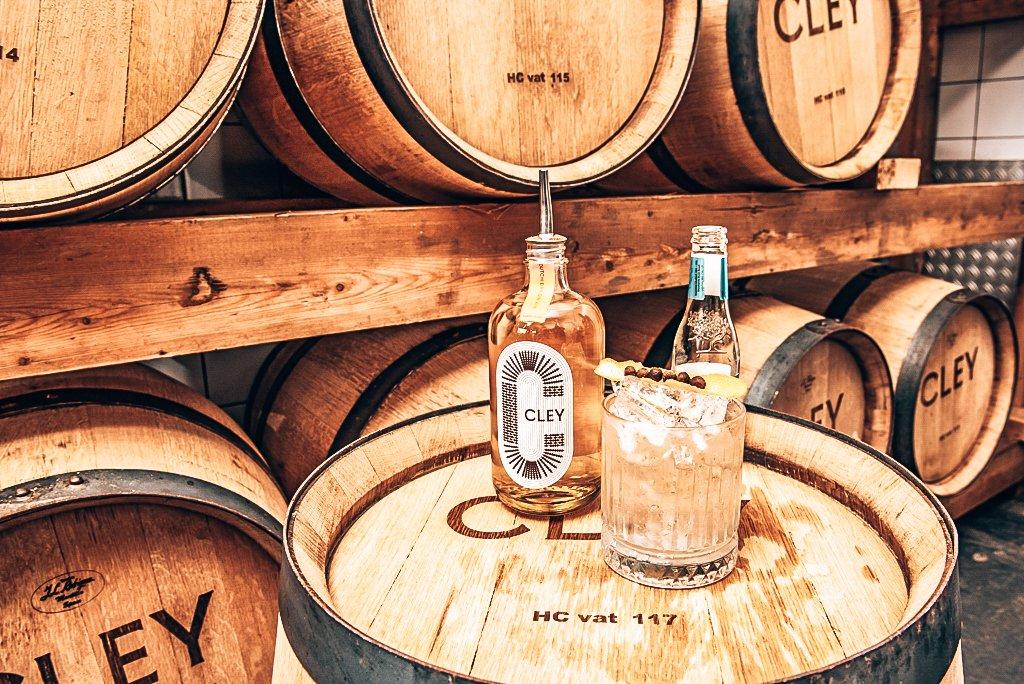 Cley Dutch Dry Gin met vaten, Alles over gin.