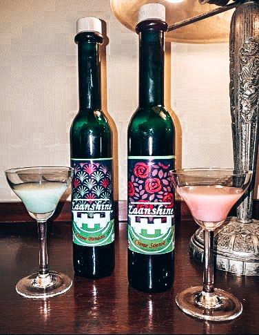 Likeuren Zaanshine Distilleerderij, Alles over gin.
