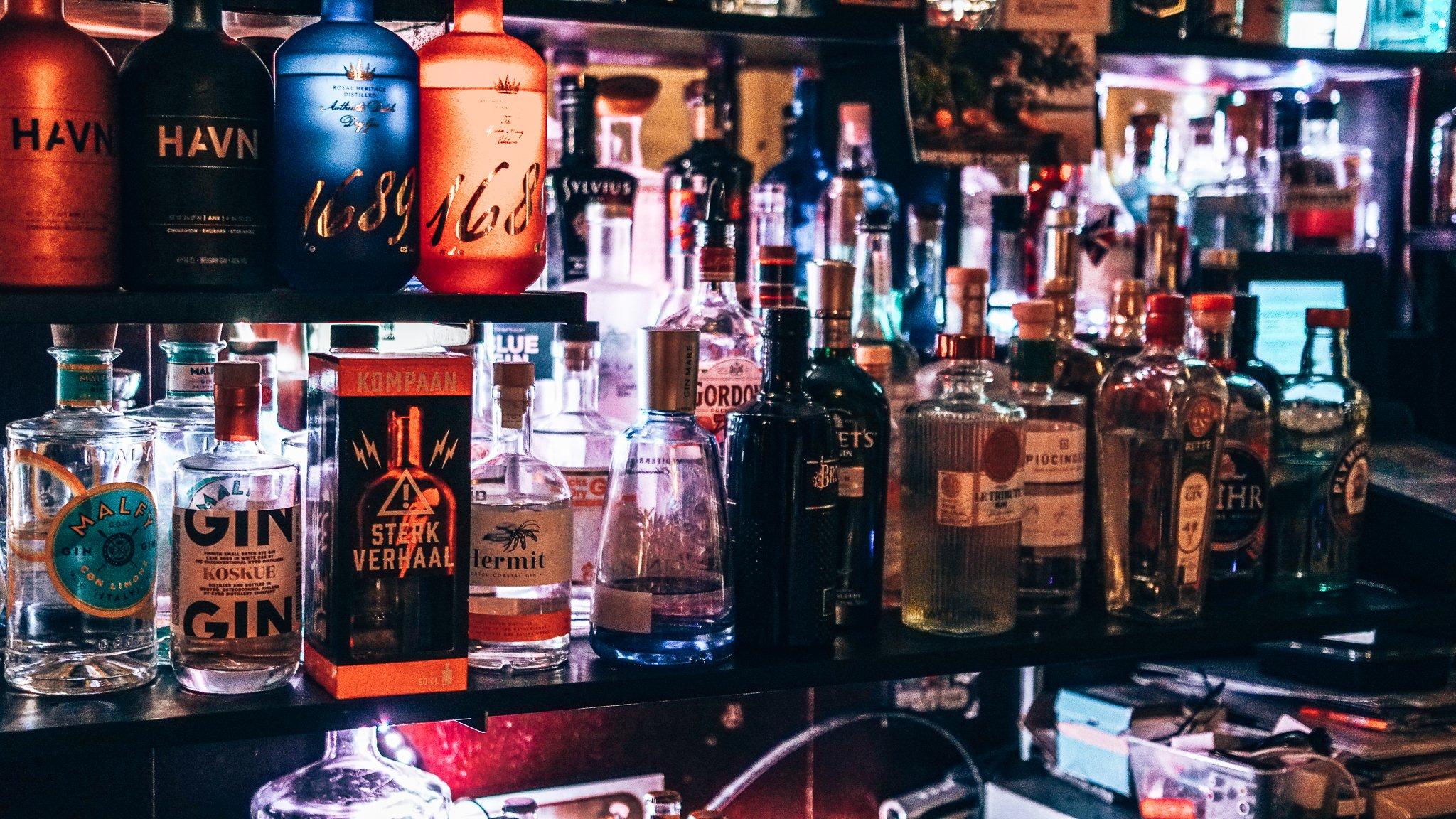 Meer dan 200 gins bij Eetcafe De Kleine Prins in Den Haag, Alles over gin.