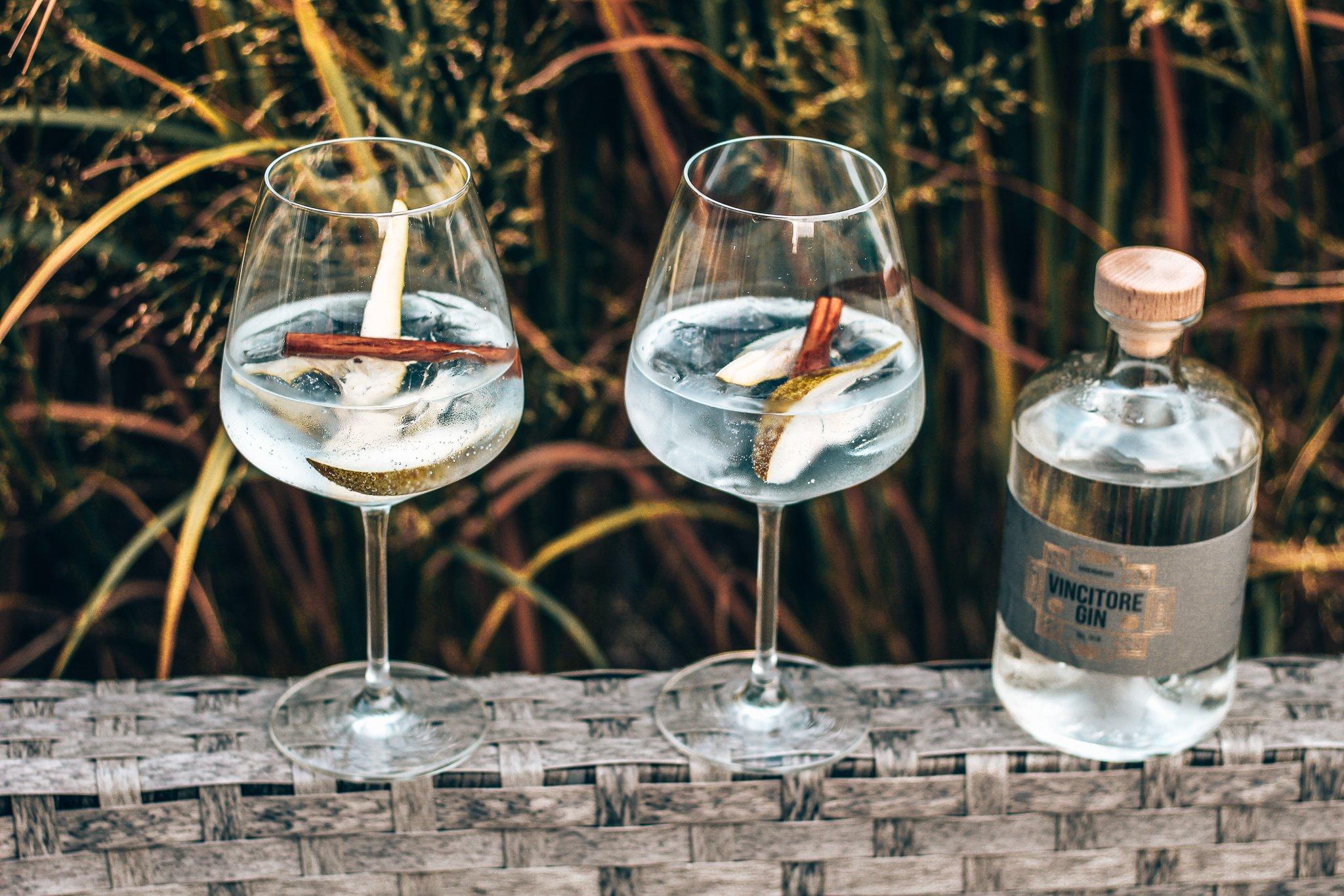 Vincitore gin, perfect serve Vincitore Gin, Monika van Miltenburg, Alles over gin.