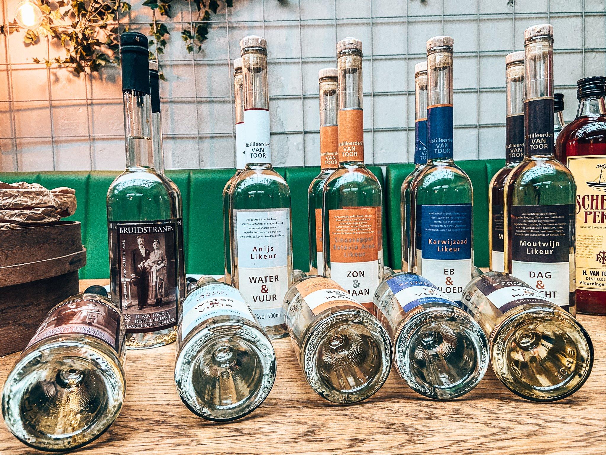 De bijzondere likeuren van Distilleerderij Van Toor, Binnenlands Gedistilleerd, Alles over gin.