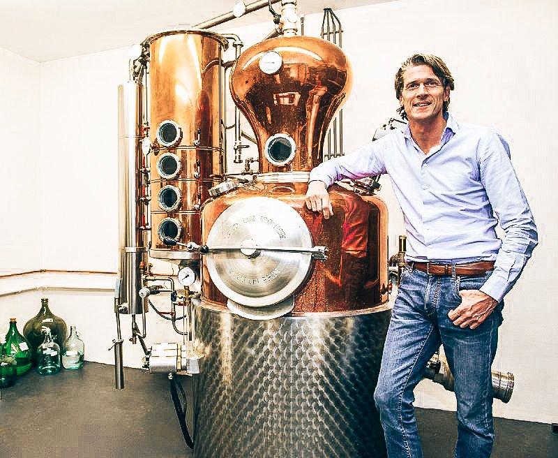 Jean-Paul Batenburg, owner Distilleerderij Onder de Boompjes, Alles over gin.