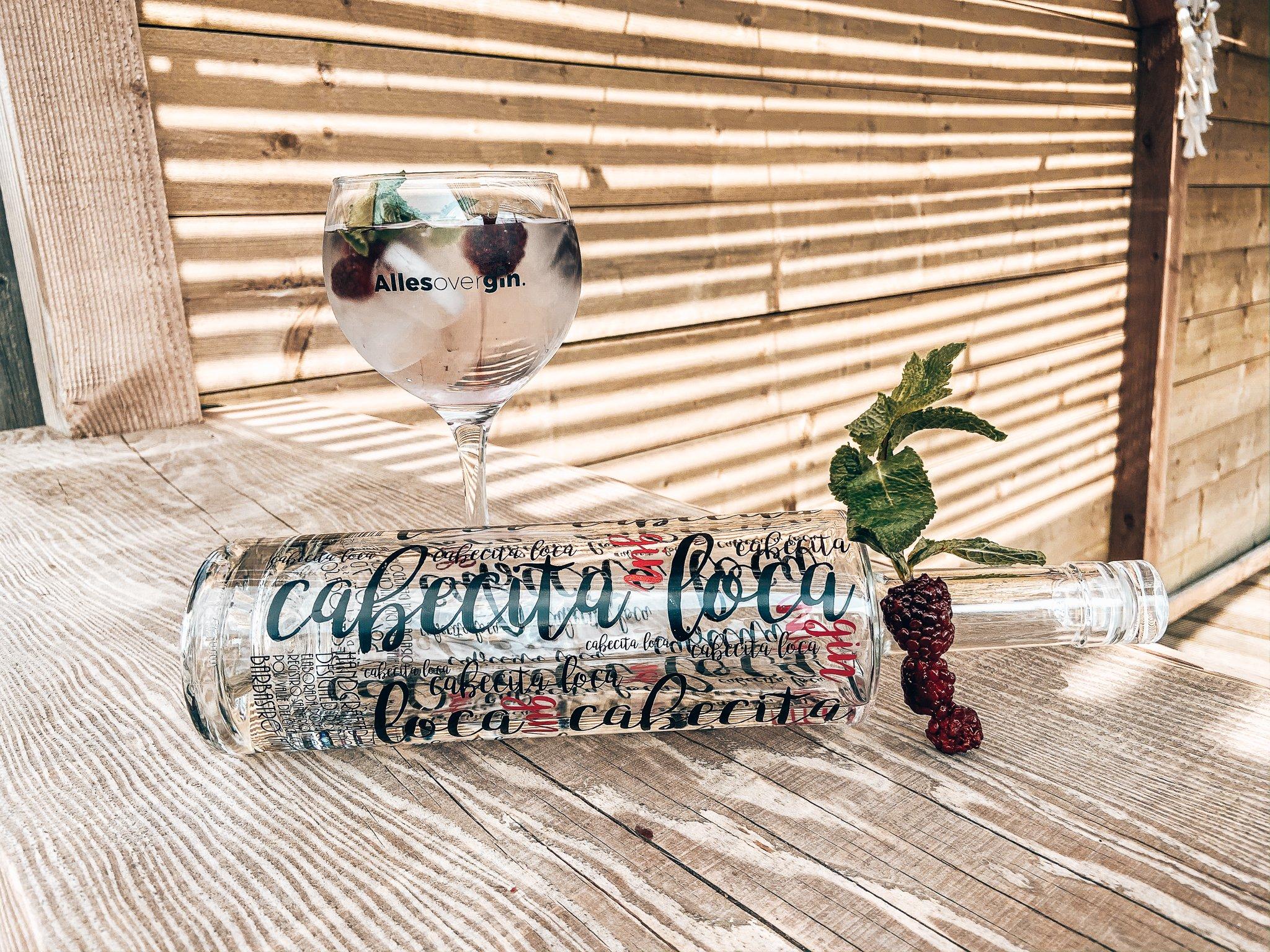Perfect serve, Cabecite Loca Essential Gin, Alles over gin.