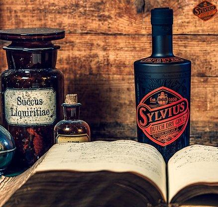 Sylvius Gin, Distilleerderij Onder de Boompjes in Schiedam, Alles over gin.