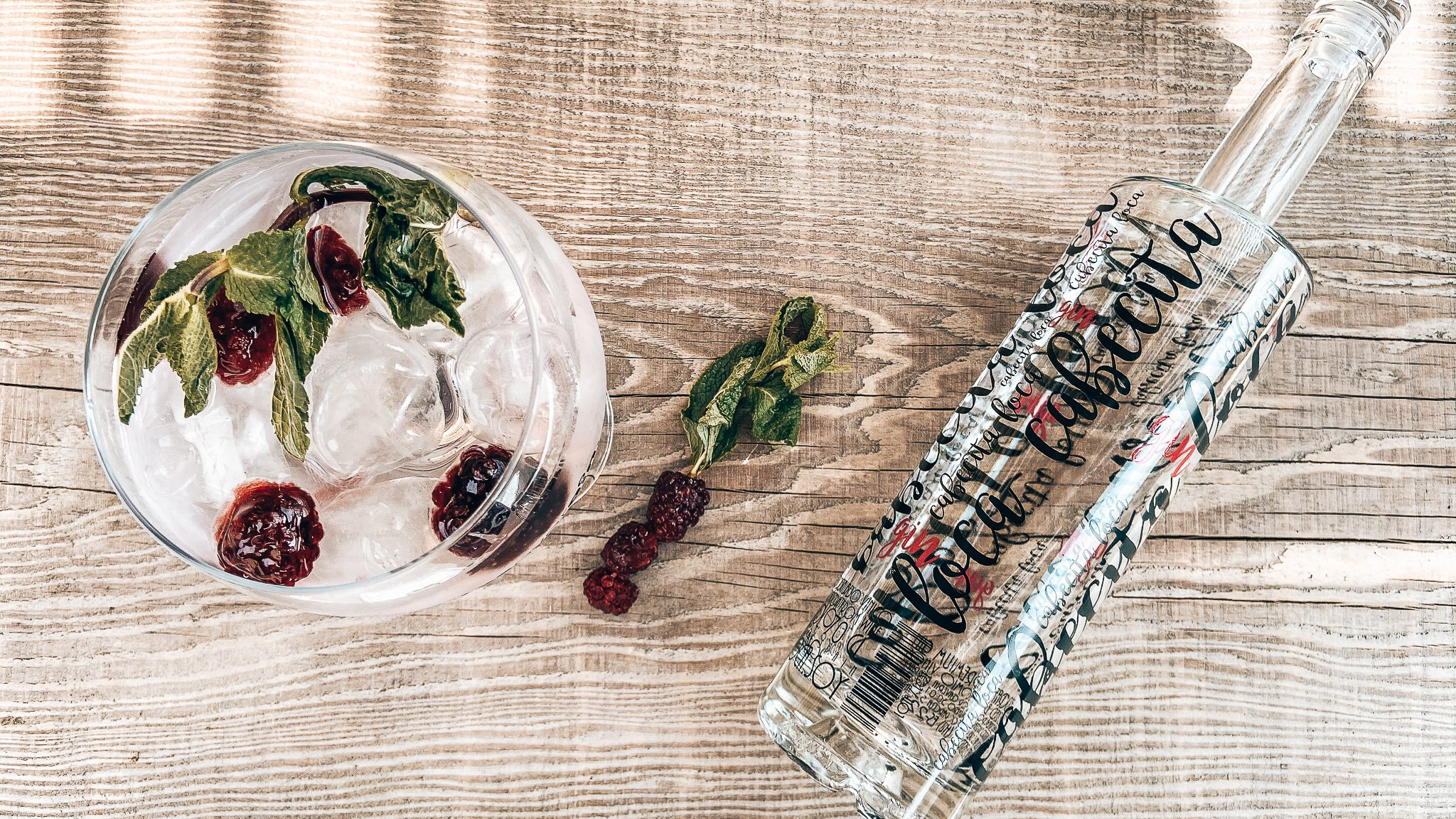 Gin tonic maken, Cabecita Loca Essential Gin, Perfect serve, Alles over gin.