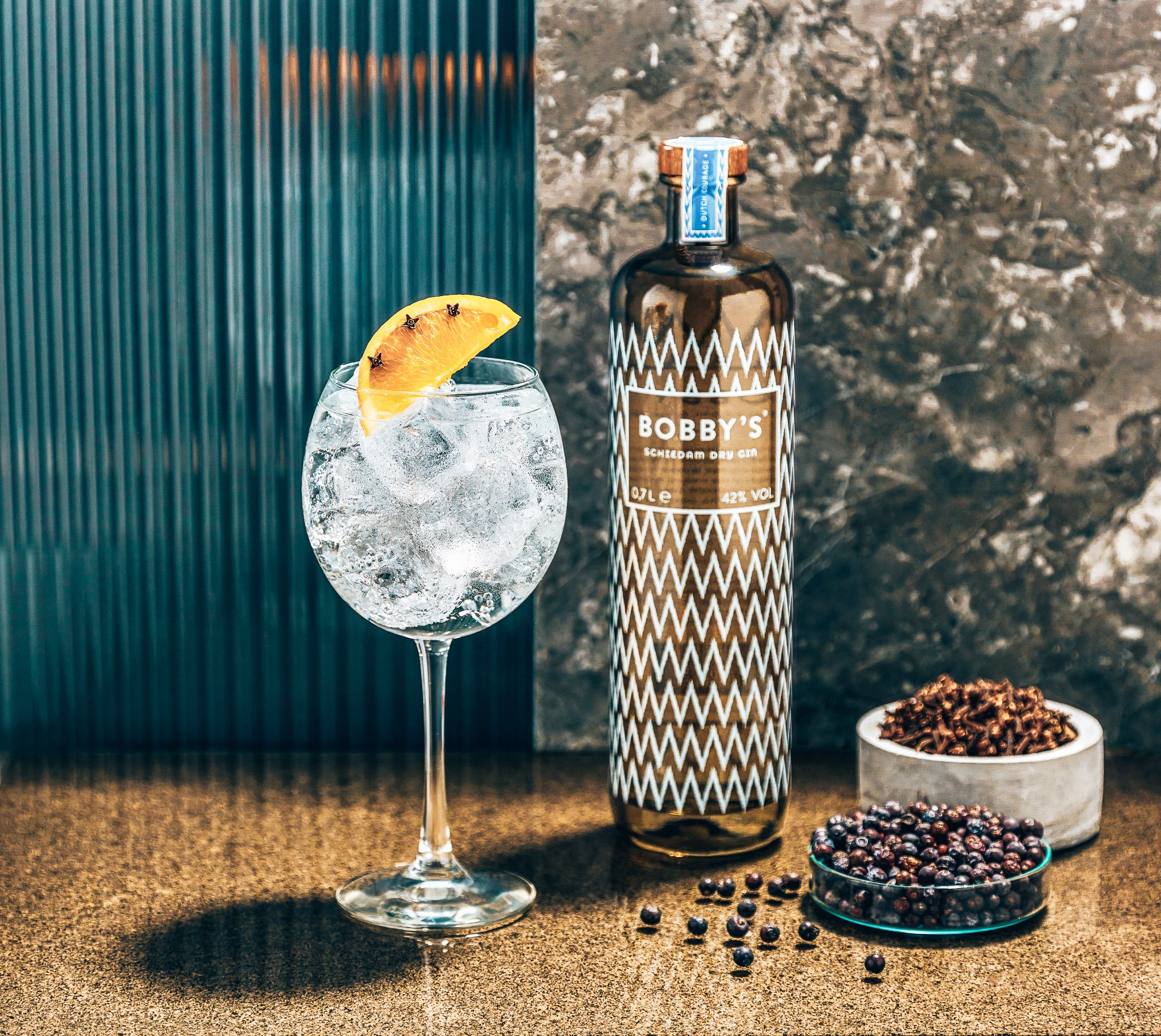 Perfect serve met Bobby's Schiedam Dry Gin, Alles over gin.