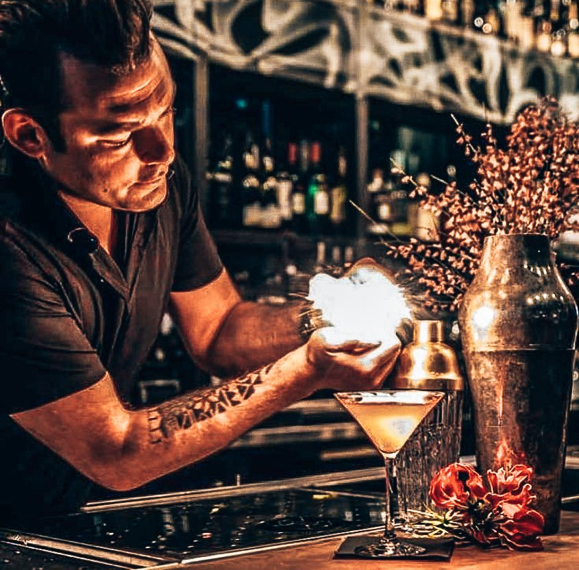 Rob Rademakers, bartender, A bartender story, Alles over gin.