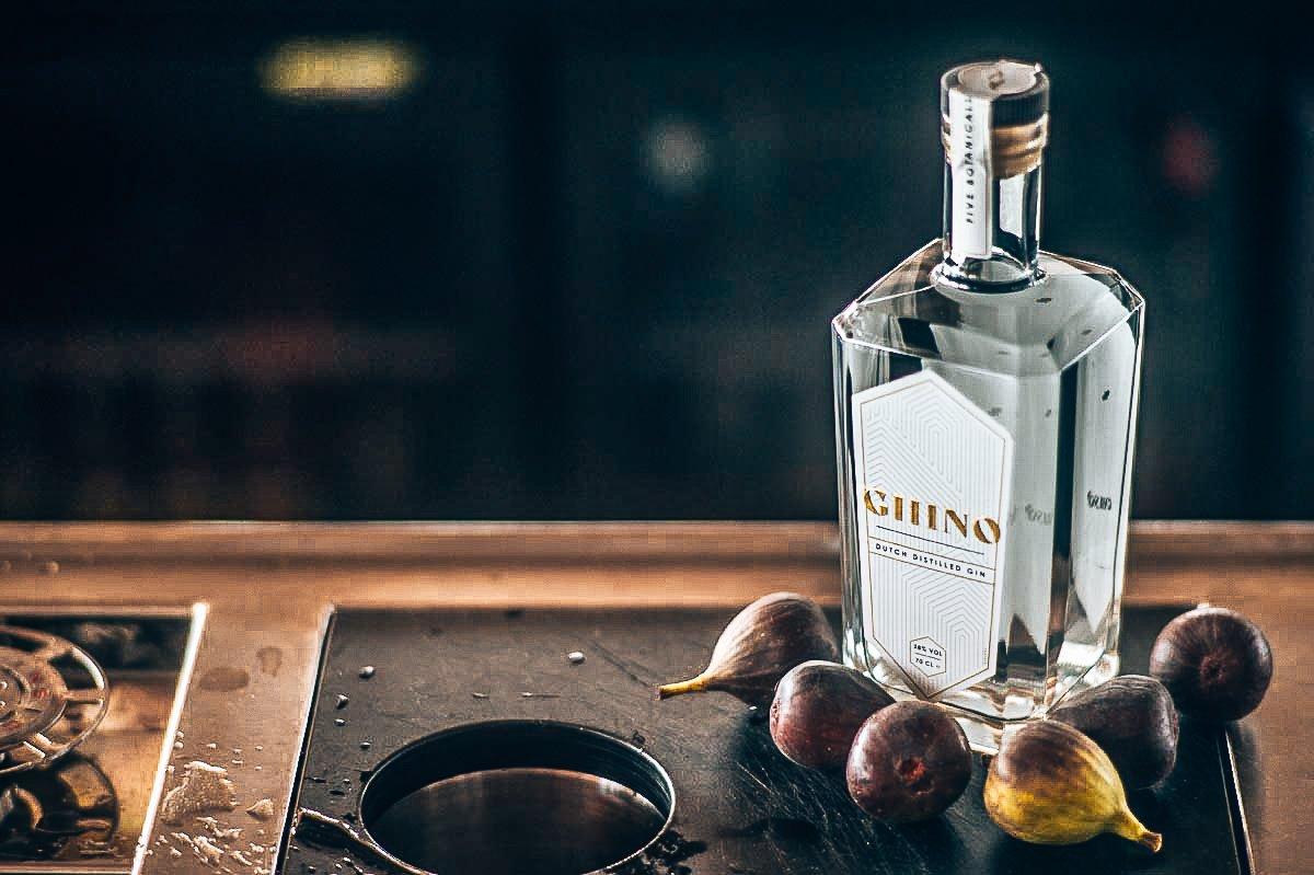 Hoofdbotanical van Ghino Gin zijn vijgen, Alles over gin.