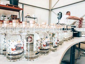 Op bezoek bij DelRey Distillery in Hengelo, Alles over gin.