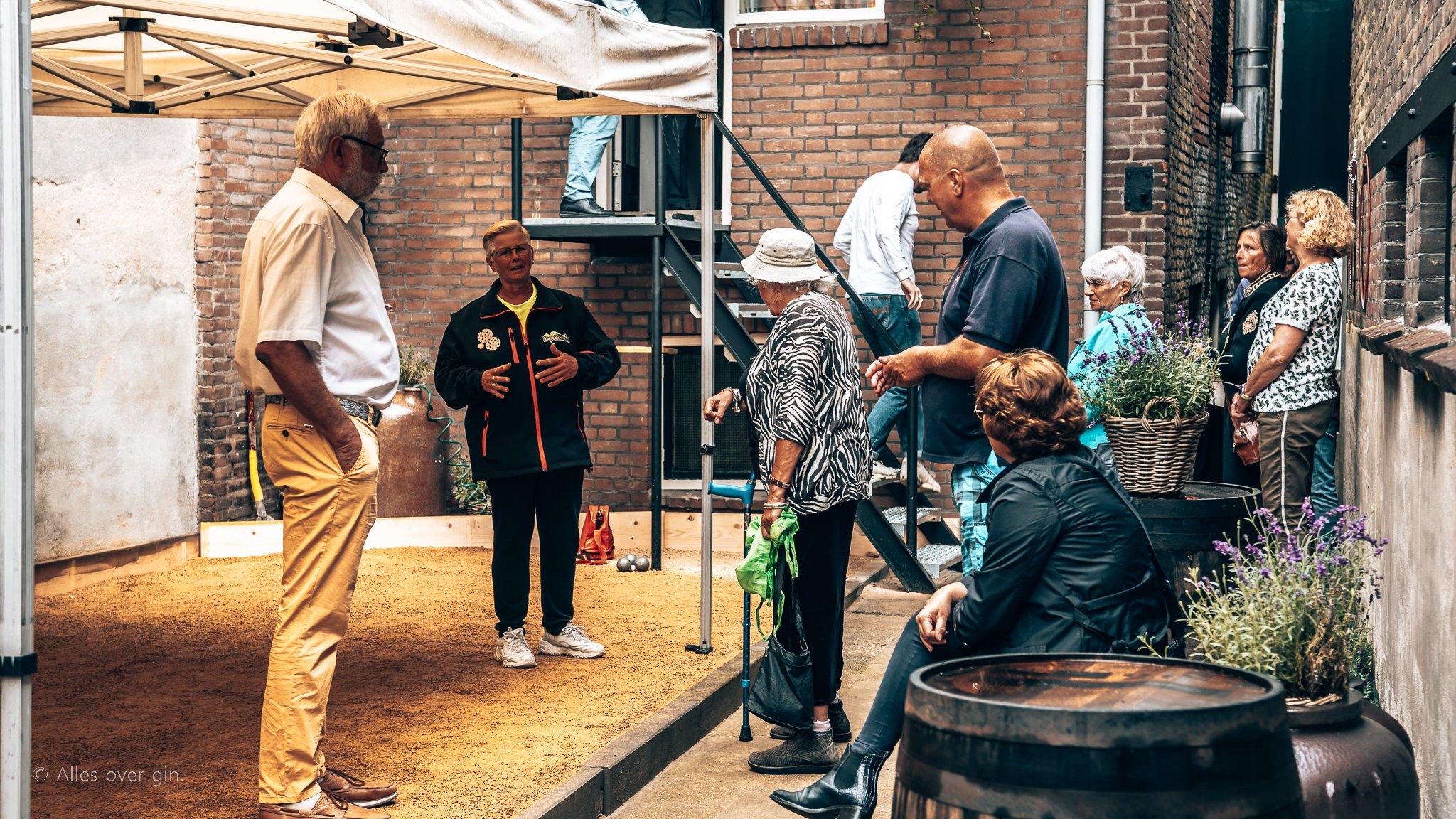 Toeschouwers JeuDeGin, Distilleerderij Van Toor, Alles over gin.