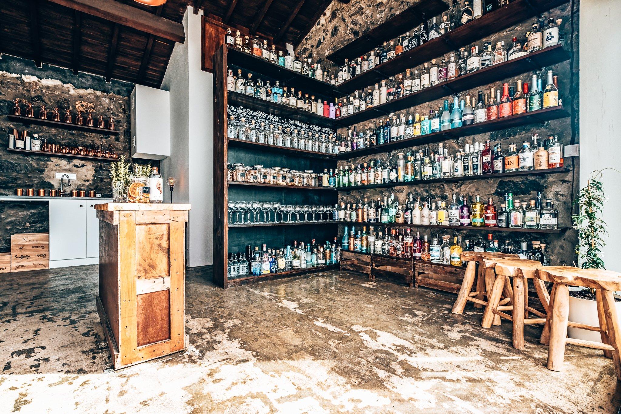De privé gin collectie van Ali Bullock, The Gin Library, Azoren, Alles over gin.