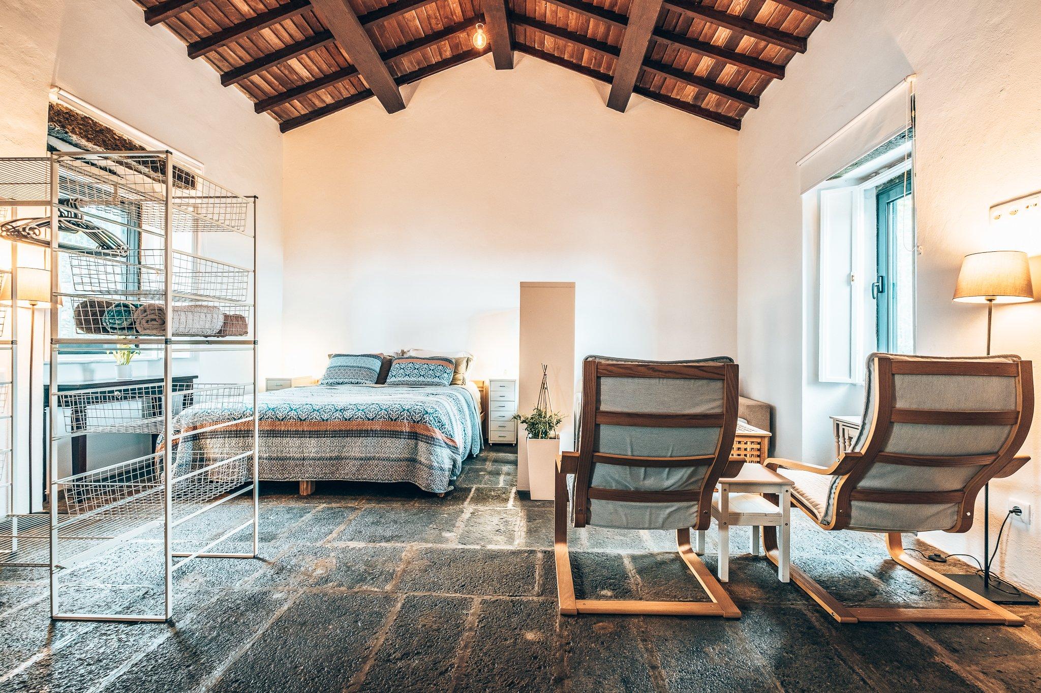 Kamer Solar Branco Eco Estate, Azoren, Alles over gin.