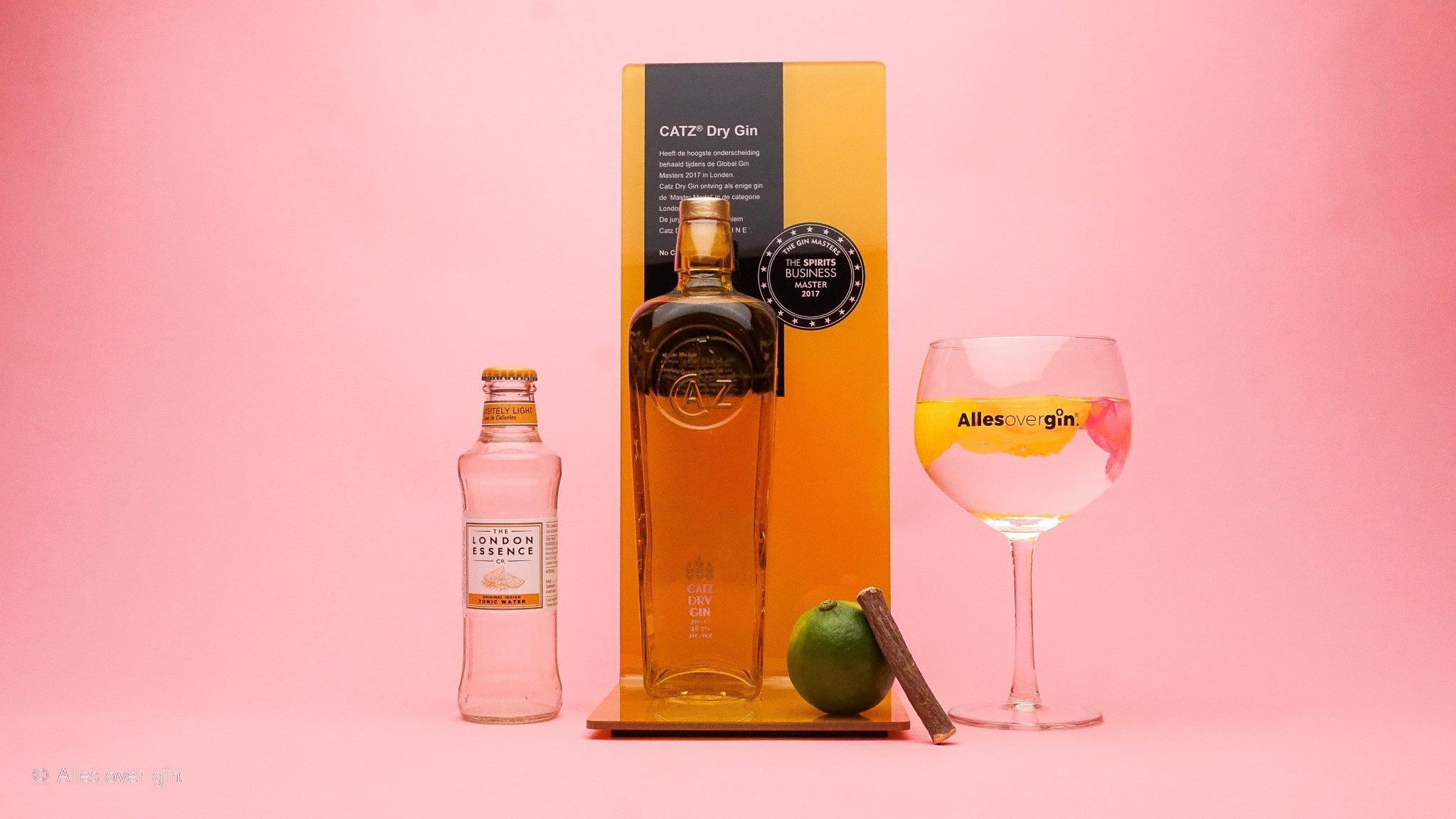 Gin-tonic maken met CATZ Dry Gin en London Essence Original Tonic Water, Alles over gin.