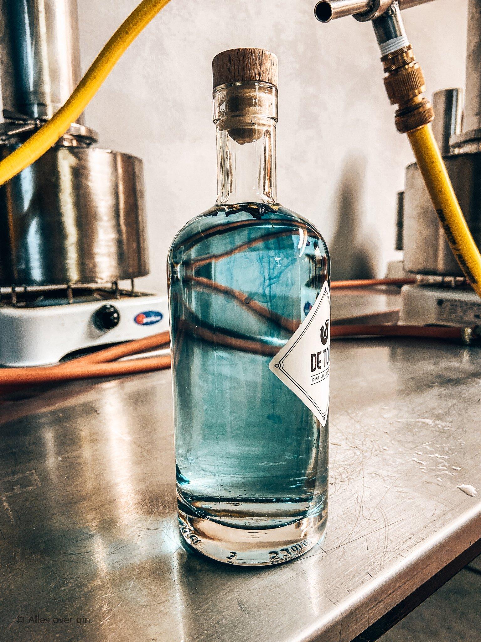 Gin workshop bij De Tok Distilleerderij, Kittelbloem stap 4, Alles over gin..jpg