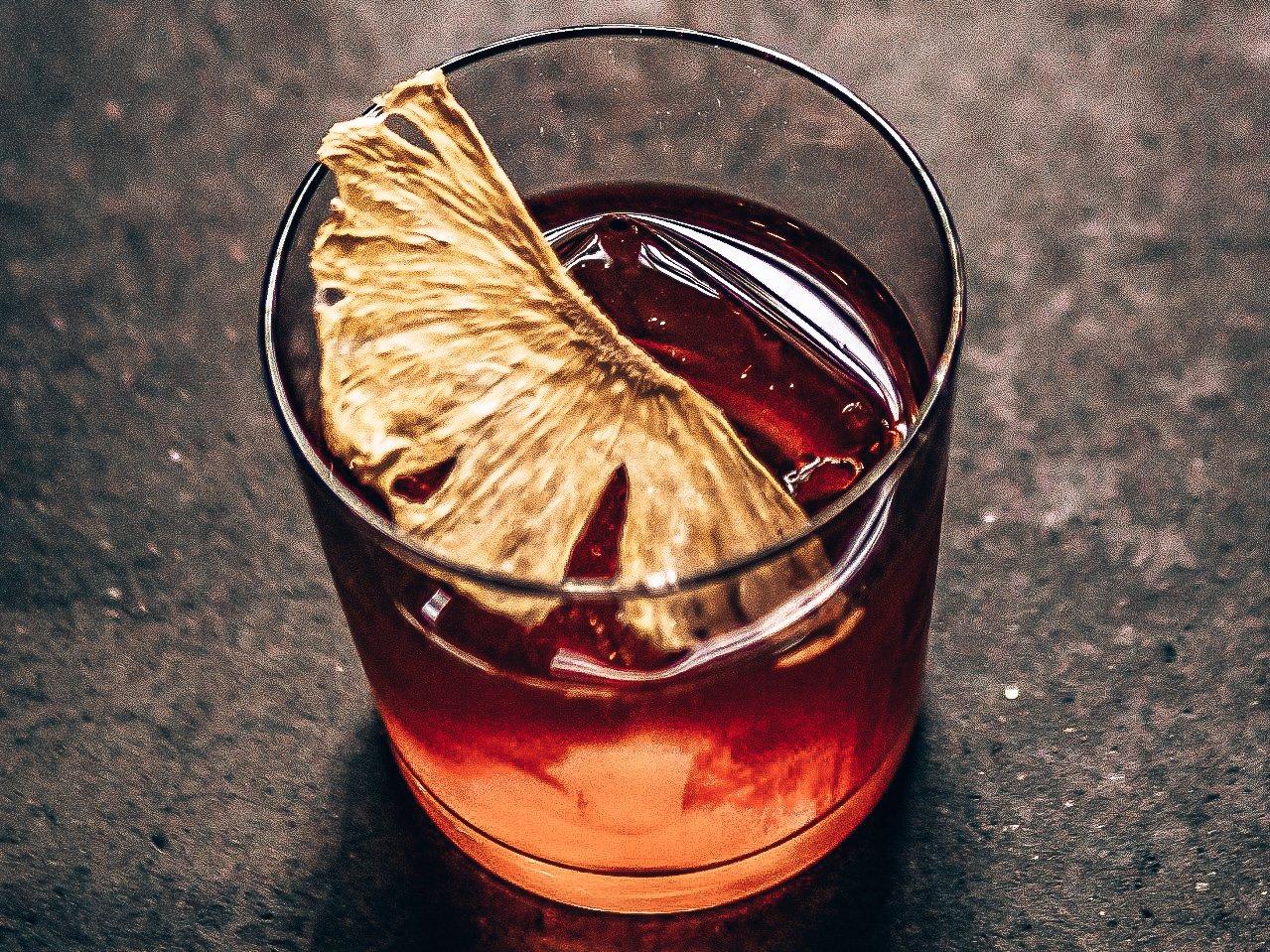 Pikoteo's Negroni, gin cocktail, Taberna Pikoteo, Amsterdam, Alles over gin.