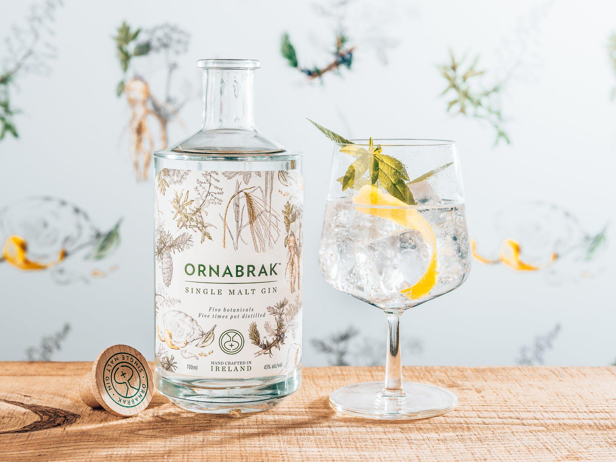 Het persoonlijke verhaal achter Ornabrak Gin, Kintra Spirits, Alles over gin.