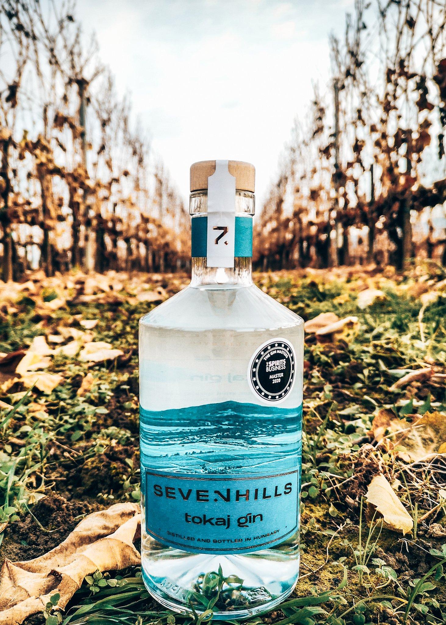 Het verhaal achter de fles van Tokaj GIN, Seven Hills Distillery, Alles over gin.