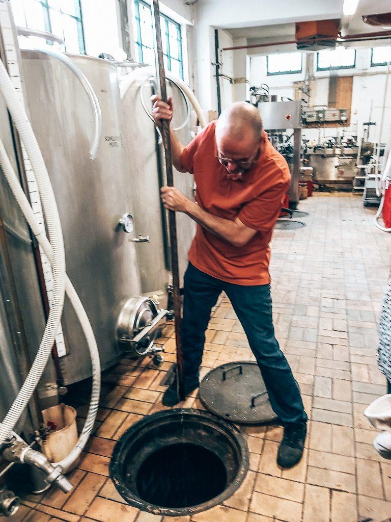 Master Distiller Leo Fontijne, Distilleerderij H. van Toor Jz., Vlaardingen, Alles over gin.