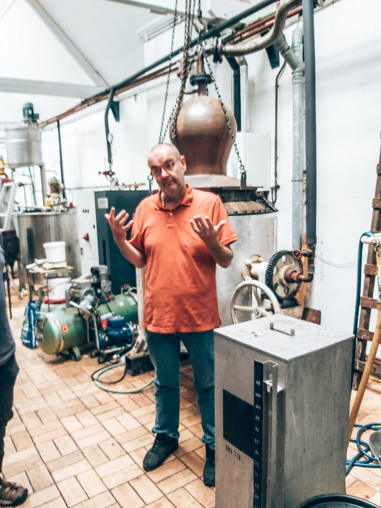 Master Distiller Leo Fontijne, Distilleerderij H. van Toor Jz. Vlaardingen, personal story, Alles over gin.