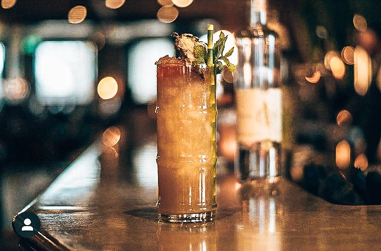 Personal serve, Koomahnah, A bartender's story, Daryl Lieuw-On, Alles over gin.