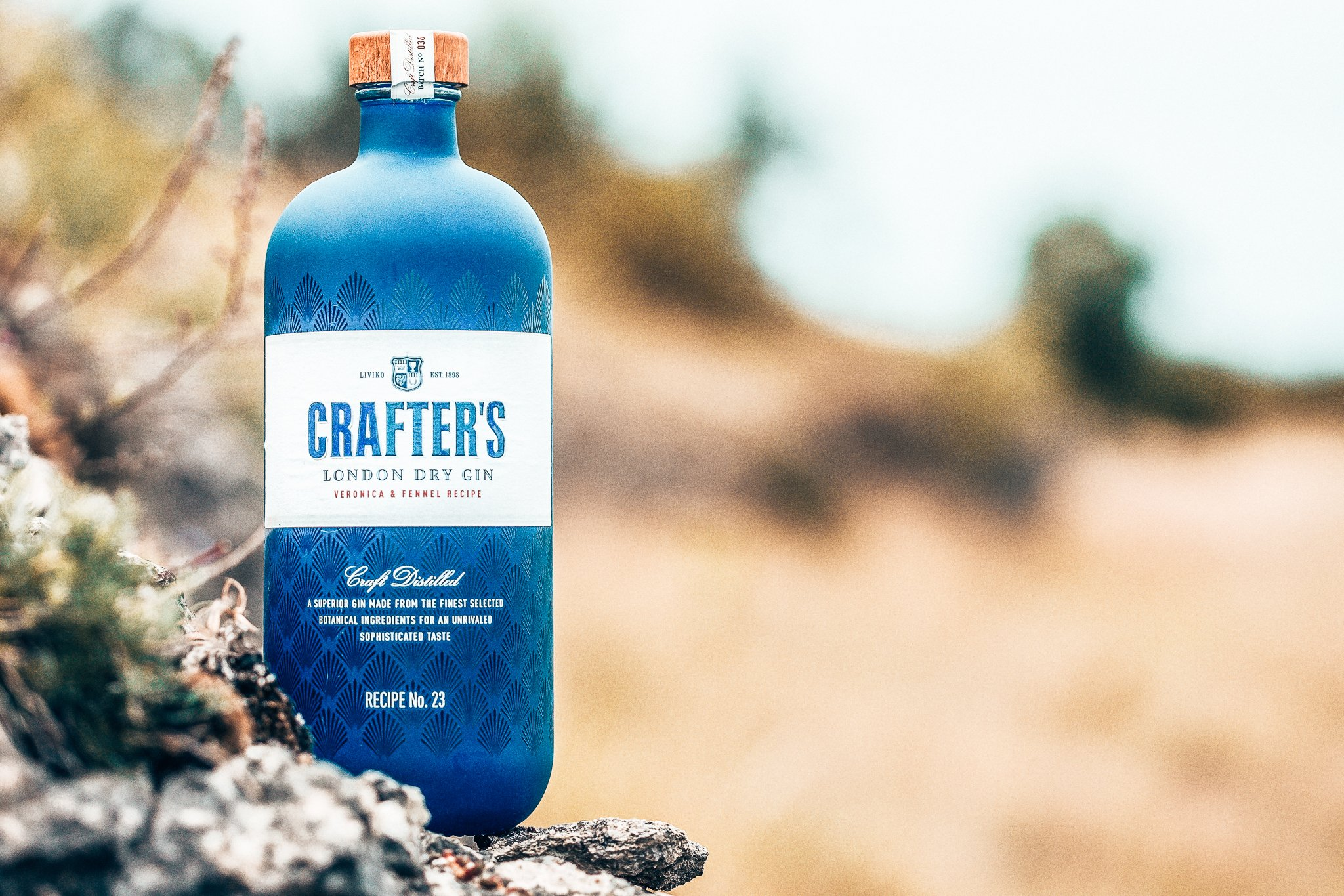 Crafter's London Dry Gin, Liviko Distillery, Alles over gin.