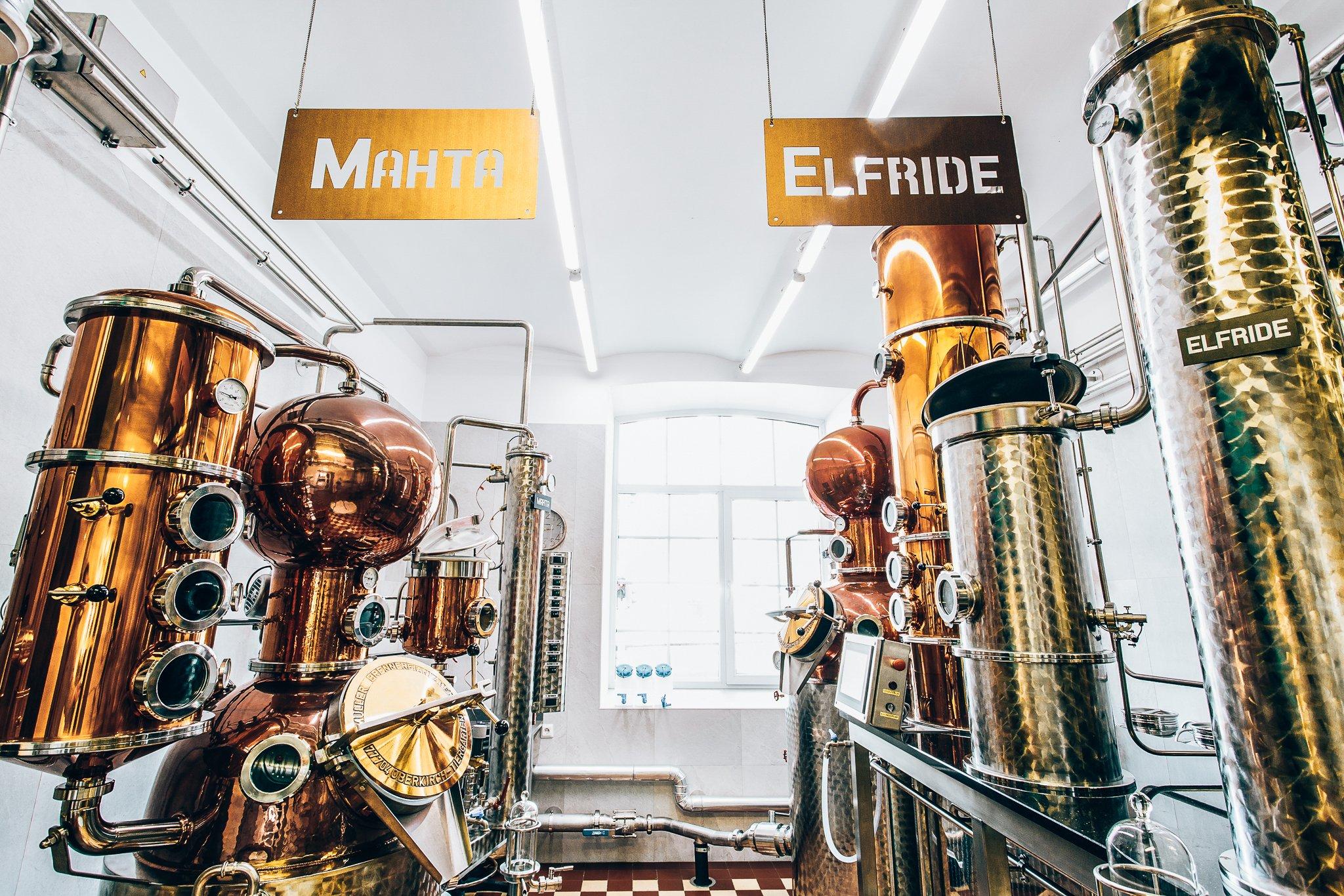 De Liviko Distillery in Estland, Crafter's Aromatic Flower Gin, Alles over gin.