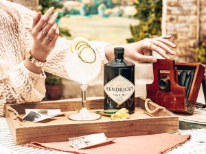 Hendrick's Gin uitgelicht in een gin story, Alles over gin.